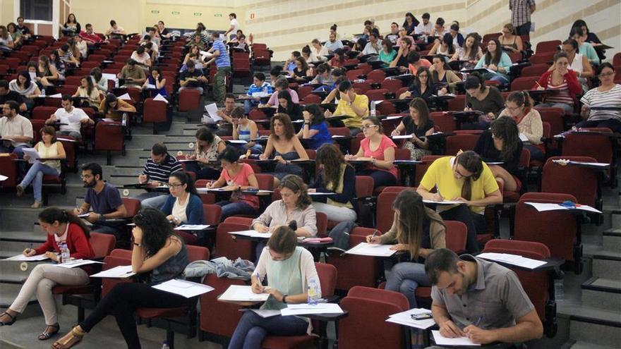 Educación convoca 6.142 plazas, la mayoroferta de oposiciones a Secundaria, FP yRégimen Especial desde 2008