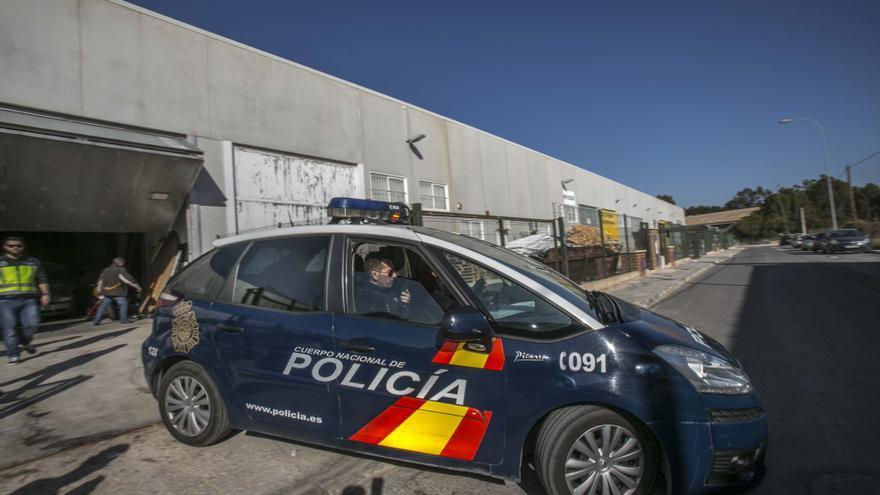 Dispositivo de vigilancia de la Policía Nacional en los centros educativos
