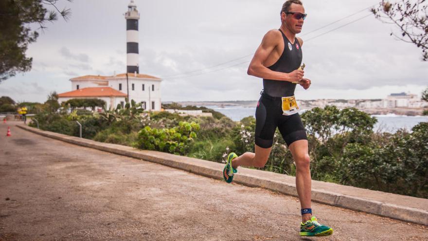 El Triathlon de Portocolom más potente calienta motores