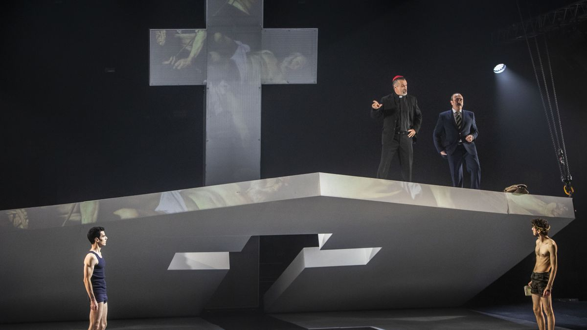 'Poder i santedat', de Manuel Molins, en el Teatro Principal de València.
