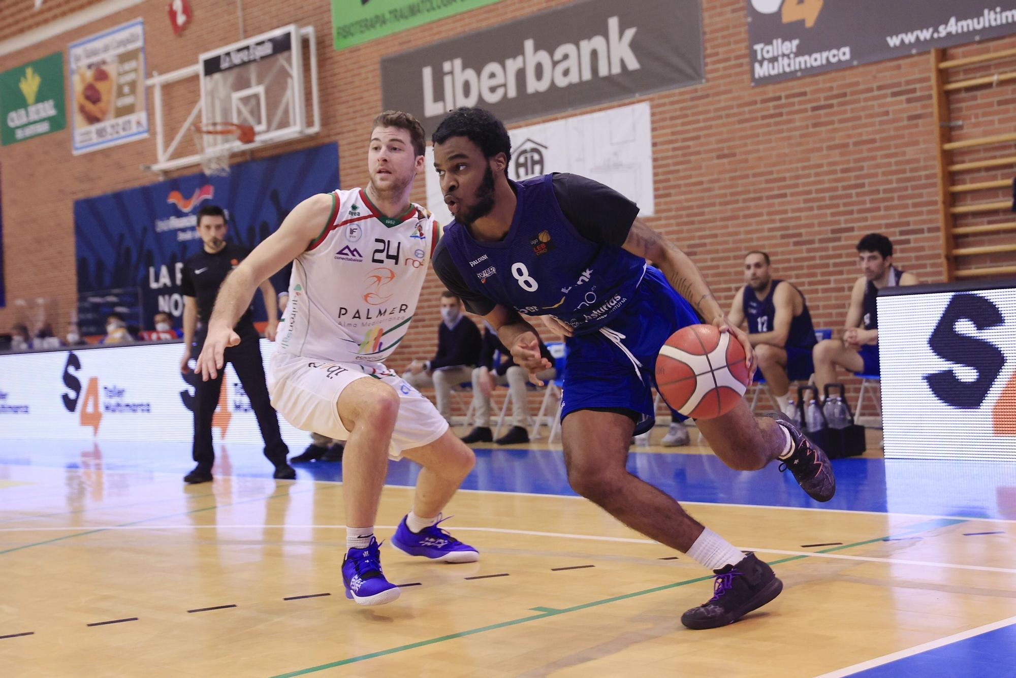 Un Liberbank Oviedo Baloncesto arrollador pasa por encima del Palmer Palma (105-67)