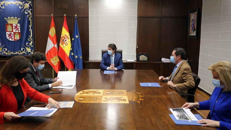 Mañueco y Garamendi coinciden en que los fondos europeos vayan al reto demográfico