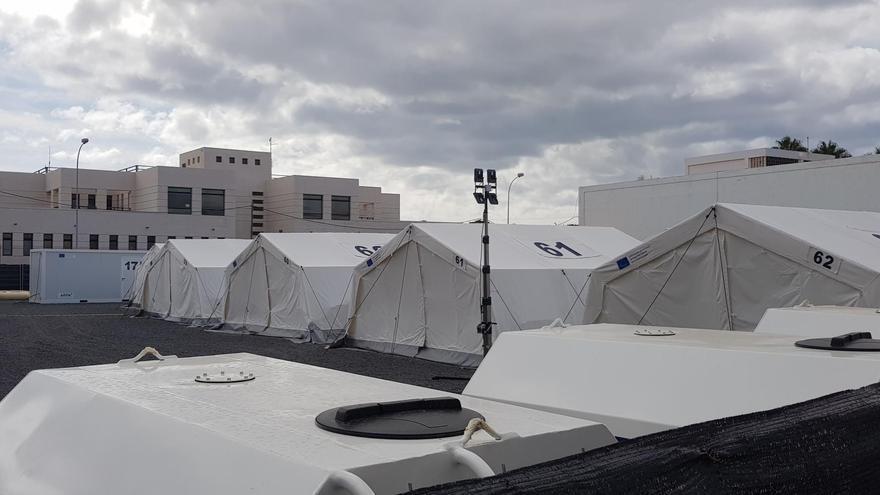 Centro de Acogida Temporal de Extranjeros que ha instalado la Policía Nacional en Arrecife