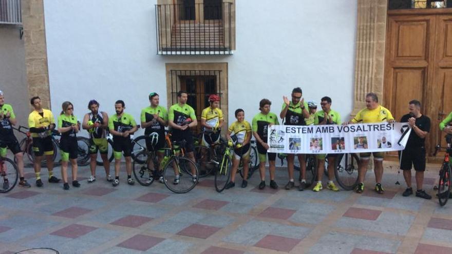 Xàbia exige respeto a los ciclistas en el aniversario del atropello con tres muertos