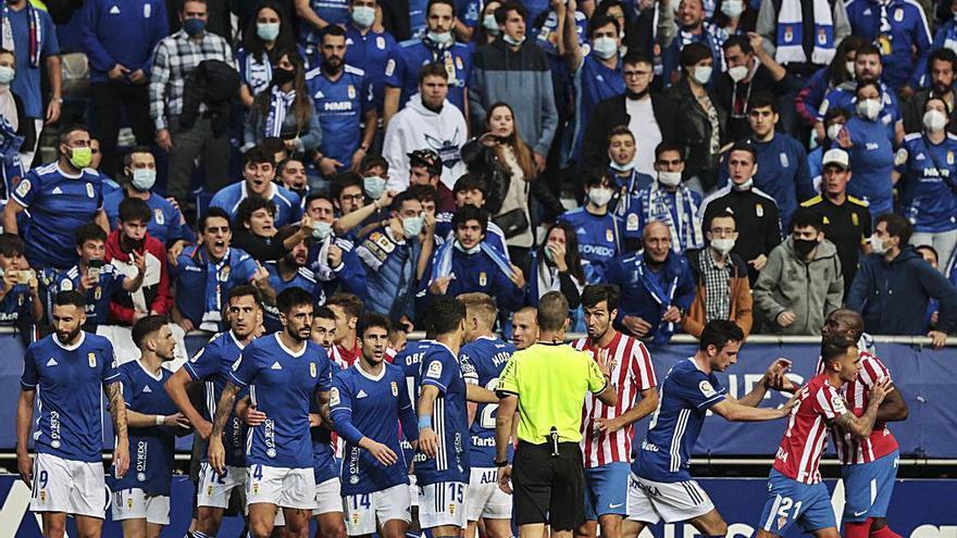 El análisis: El Oviedo dejó pasar su momento y la Mareona demuestra que otro derbi es posible