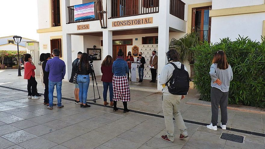 Formentera abre las terrazas hasta las 22.30 en horario continuo