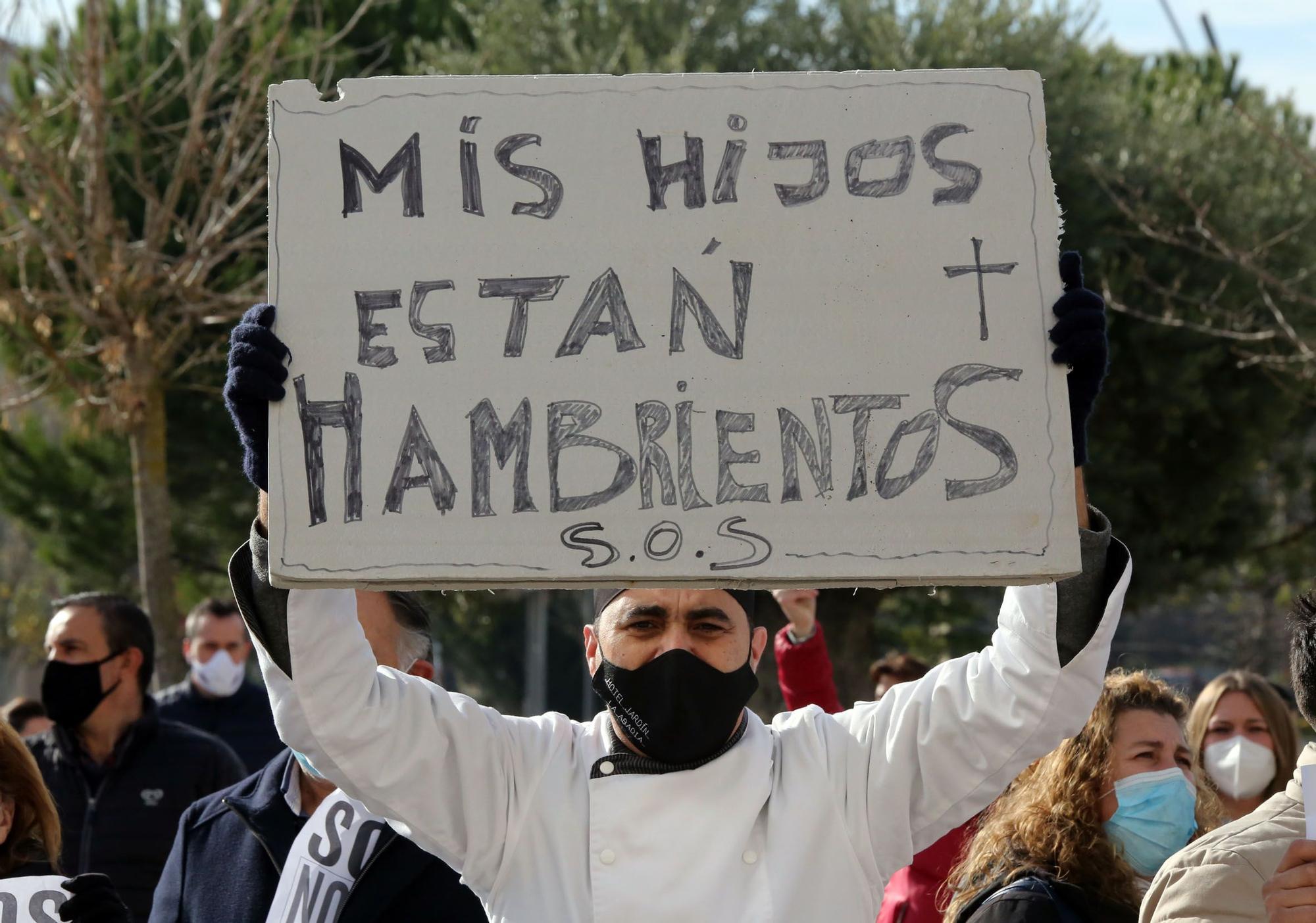 Los hosteleros de Valladolid salen a la calle reclamar ayudas a la Junta de Castilla y León