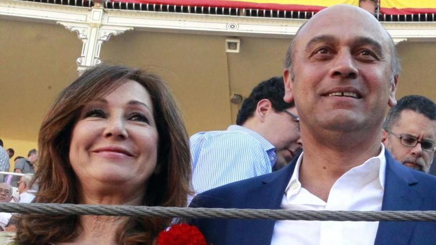 El marido de Ana Rosa, Juan Muñoz, no podrá salir del país