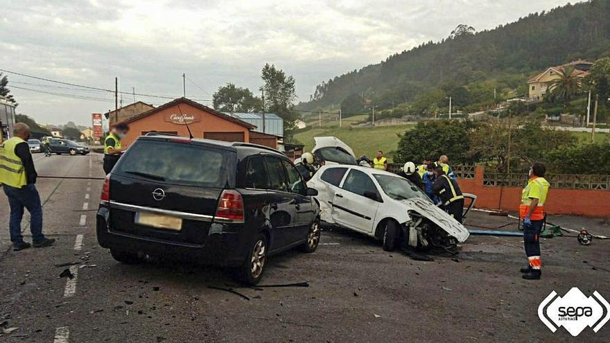 Dos heridos en un choque cuádruple a la altura de Prendes (Carreño)