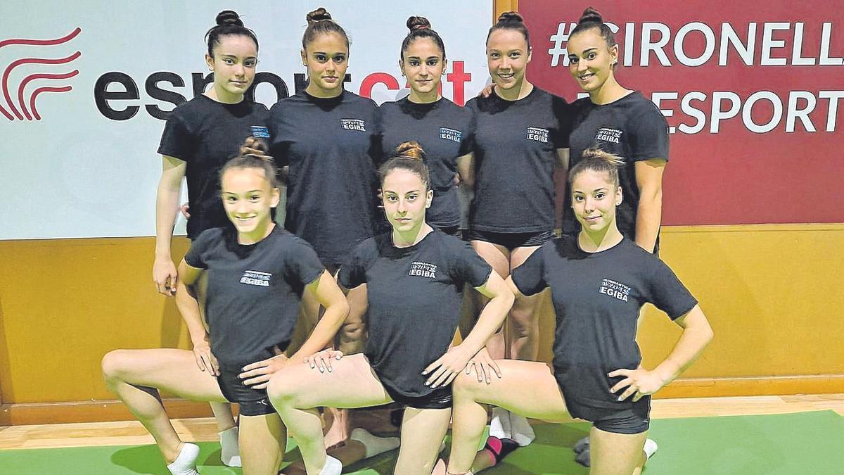 Vuit gimnastes de l'Egiba