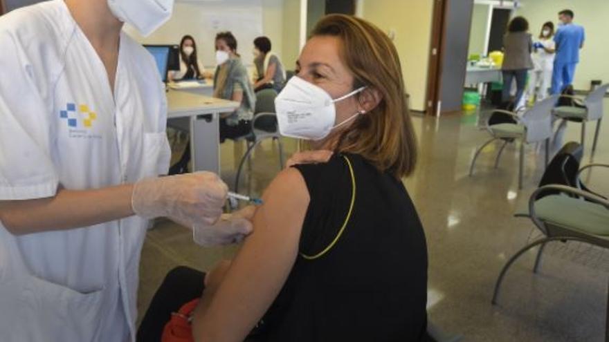 Muere en Tenerife una mujer de 36 años con patologías previas por Covid-19