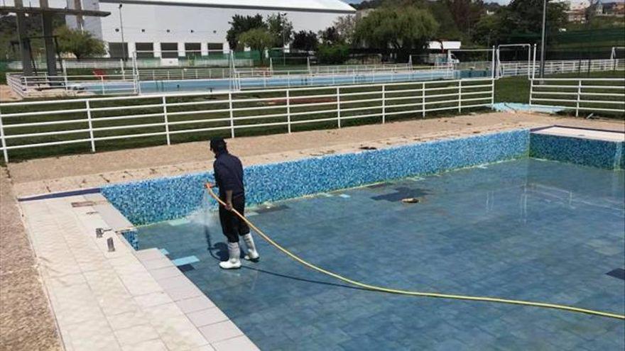 """Una empresa de personas con """"diversidad funcional"""" limpiará las instalaciones deportivas en Plasencia"""