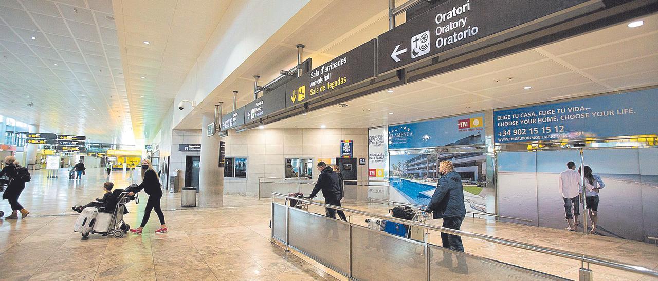 El tráfico de pasajeros sigue siendo testimonial en el aeropuerto.