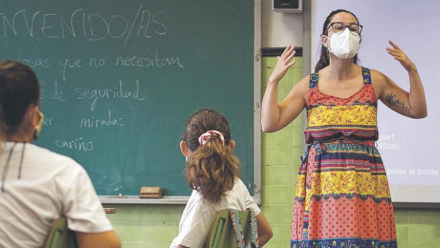 """ANPE Canarias exige que no se despida a los """"docentes covid"""" en diciembre"""