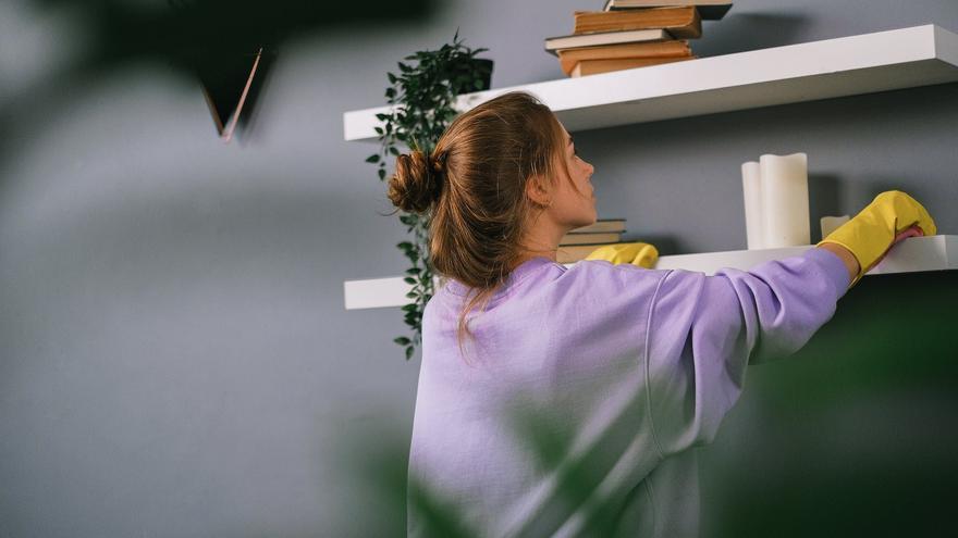 El truco que tienes que conocer para que tus bayetas te duren más (y limpien mejor)