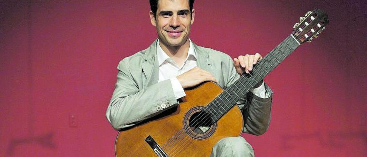 El guitarrista Pablo  Sáinz-Villegas.