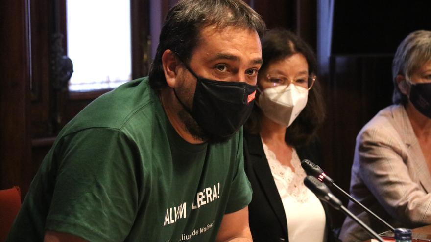 Citen a declarar com a investigat un agent de la Brimo per l'agressió al diputat de la CUP en les protestes per Hasél