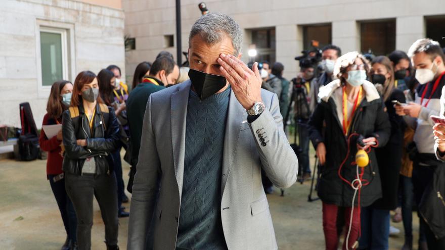Cs abre expediente de expulsión a Cantó doce días después de irse con Ayuso