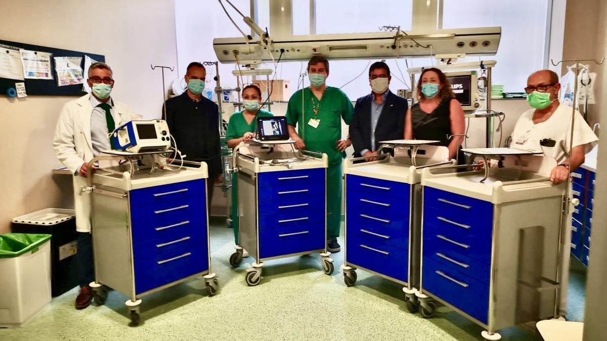 Sabic dona material sanitario a la UCI del Hospital Santa Lucía