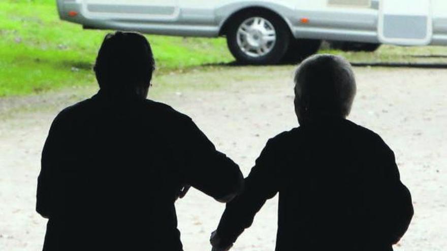 El COVID rompe la tendencia: la Xunta tutela menos adultos