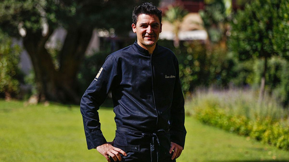 Óscar Molina es el chef ejecutivo de La Gaia desde que inició su andadura en 2008. | TONI ESCOBAR