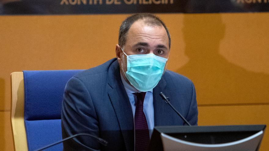 """La Xunta, tras agotarse las vacunas el domingo en Expocoruña: """"No puede volver a ocurrir"""""""