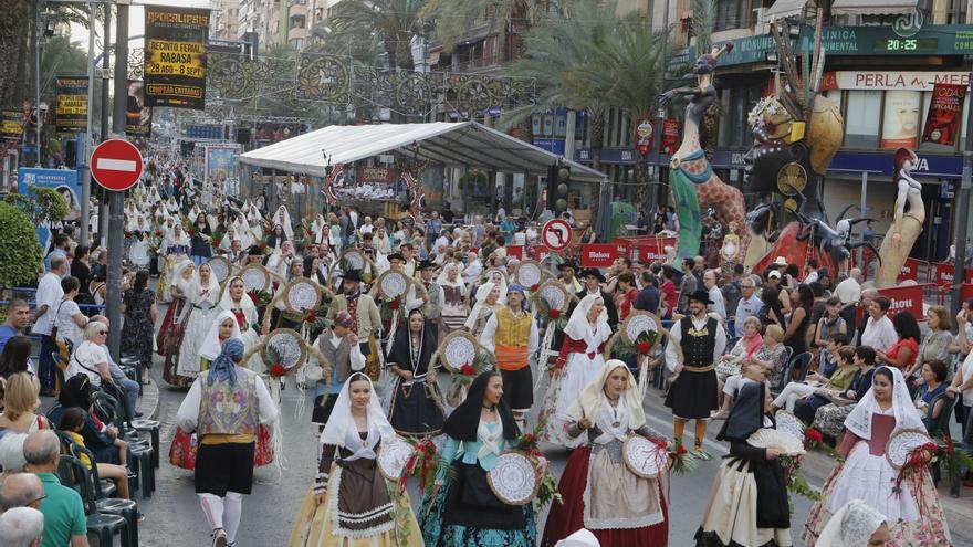 Barceló descarta la celebración de fiestas populares hasta que haya una vacuna
