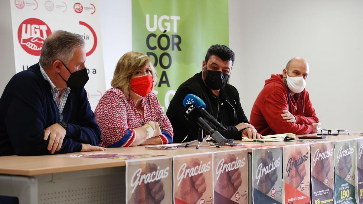 Los responsables de UGT-Córdoba durante la presentación de los datos.