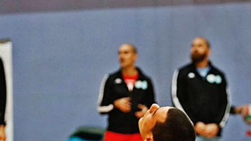 El Ushuaïa Volley, ante otro duelo vital frente a un rival directo por la permanencia