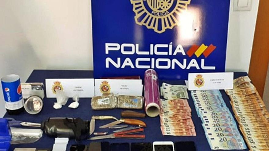 Doce mil euros dejan libres a la pareja acusada de vender droga