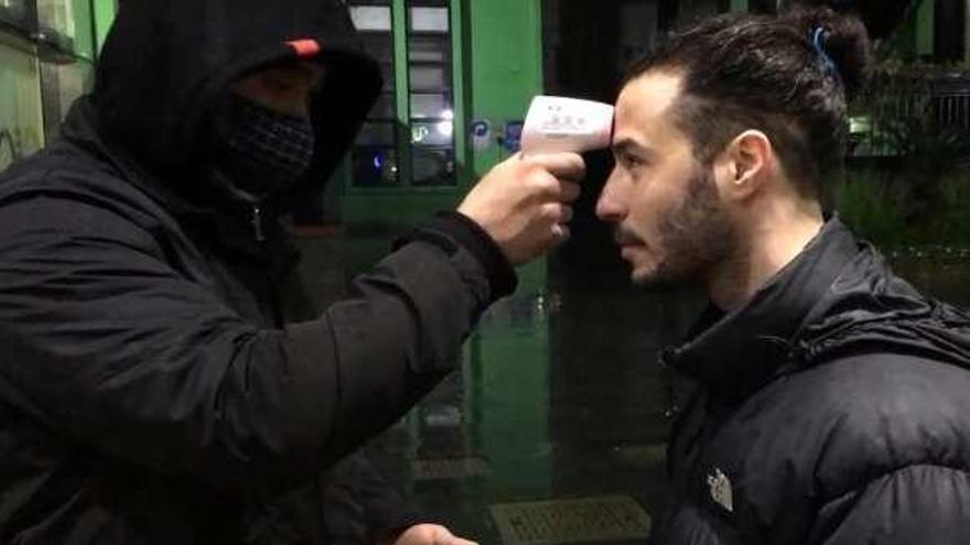 """La crónica en vídeo de Lalo López, un asturiano en la China del coronavirus: """"Todo está cerrado"""""""