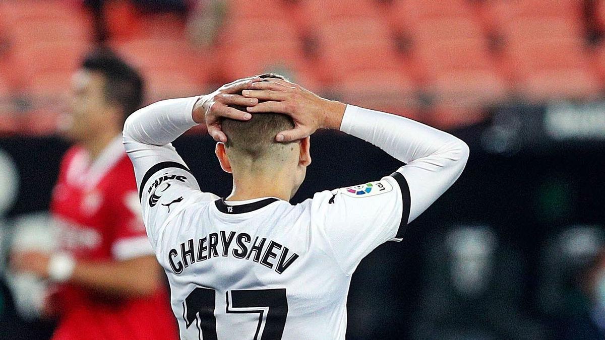 Cheryshev se lamenta tras una ocasión de gol.