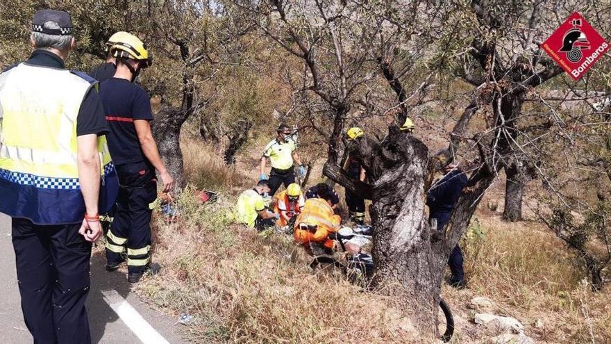 Fallece un ciclista de 65 años al caer por un terraplén en la carretera de Llíber a Gata