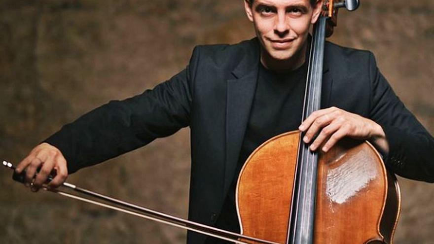 """Gabriel Ureña, violonchelista, actúa en el Niemeyer: """"El trabajo de un músico es compartir"""""""