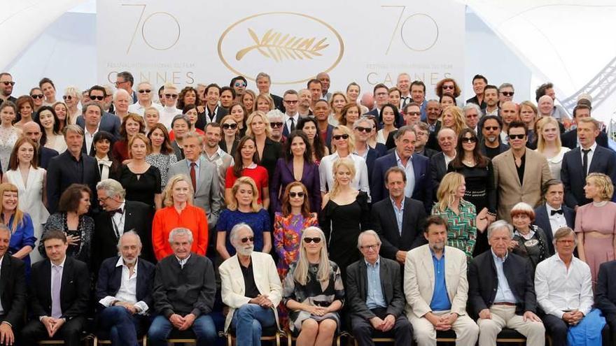 Cannes, homenaje de las estrellas