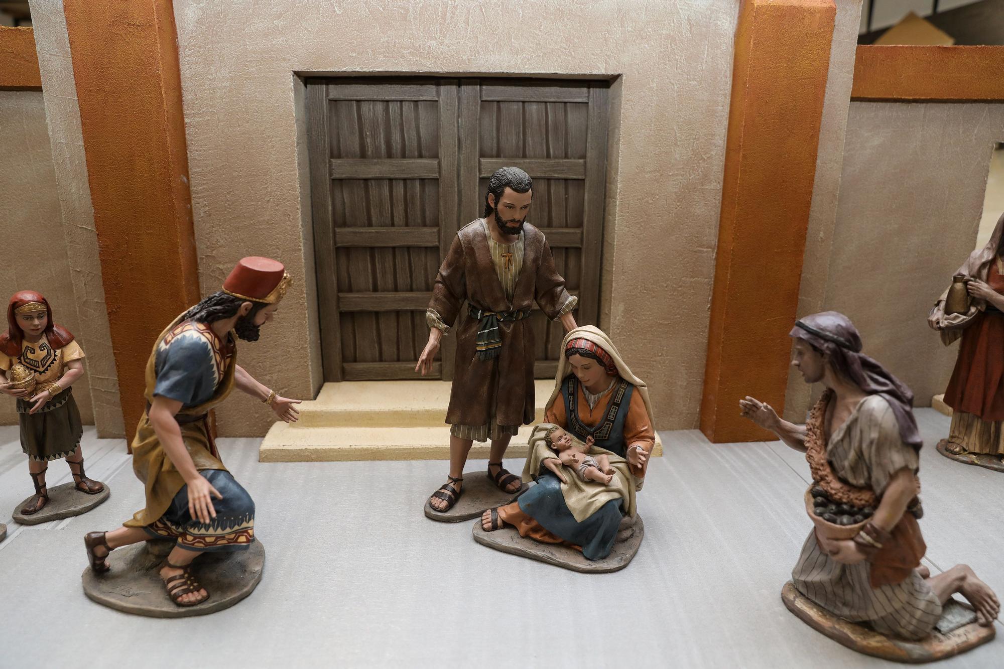 La Asocici�n Belenista de Gij�n prepara su bel�n monumental (4).jpg