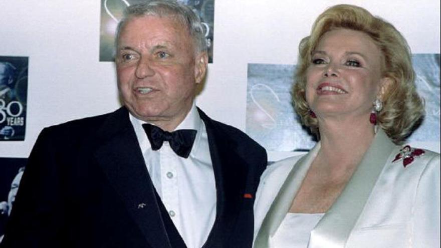 Muere la viuda de Sinatra
