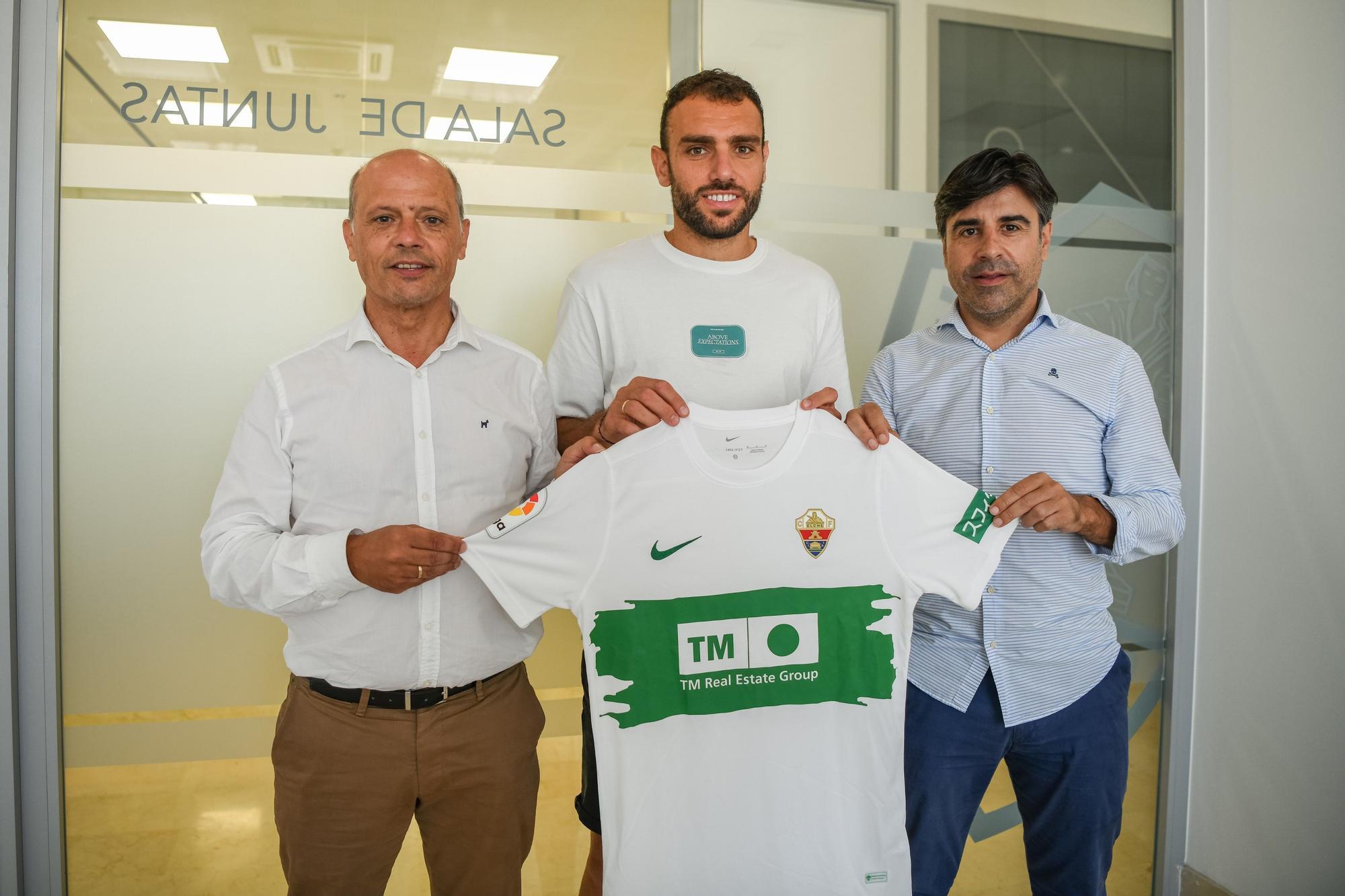 Gonzalo Verdú renueva con el Elche hasta 2023
