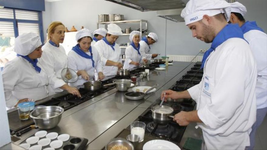 La Escuela de Hostelería Harina Blanca inicia un nuevo curso