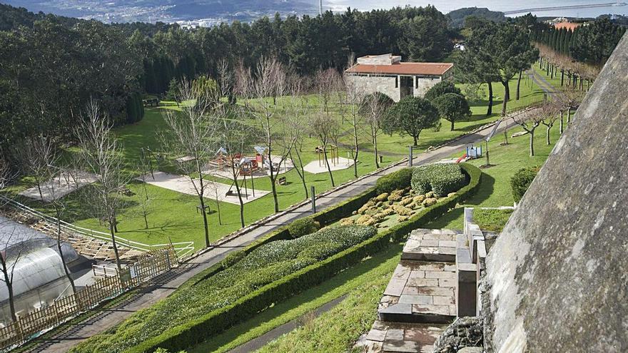 Vista del parque de Monticaño. |   // J. ROLLER