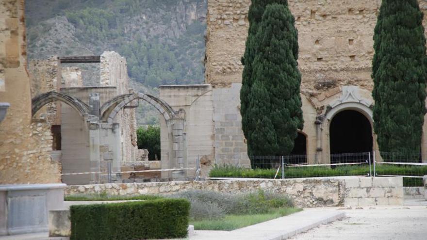 Cultura agilizará las gestiones para mejorar el estado del monasterio de Simat