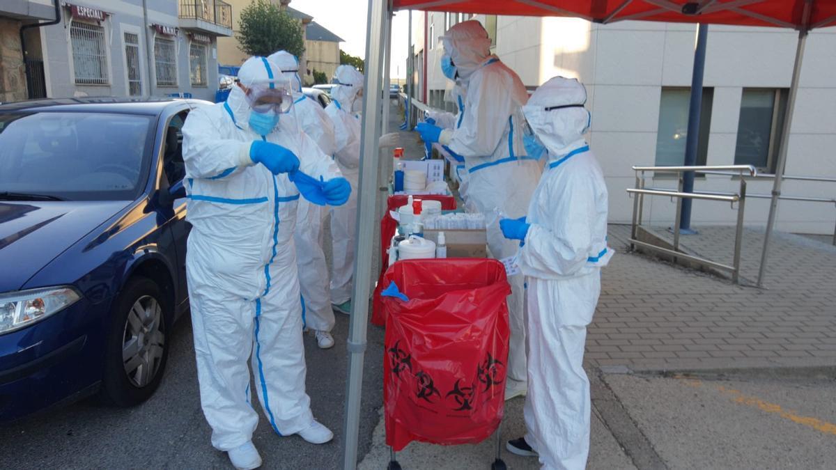 Test realizados a los casos relacionados con un brote en una residencia de ancianos de Zamora