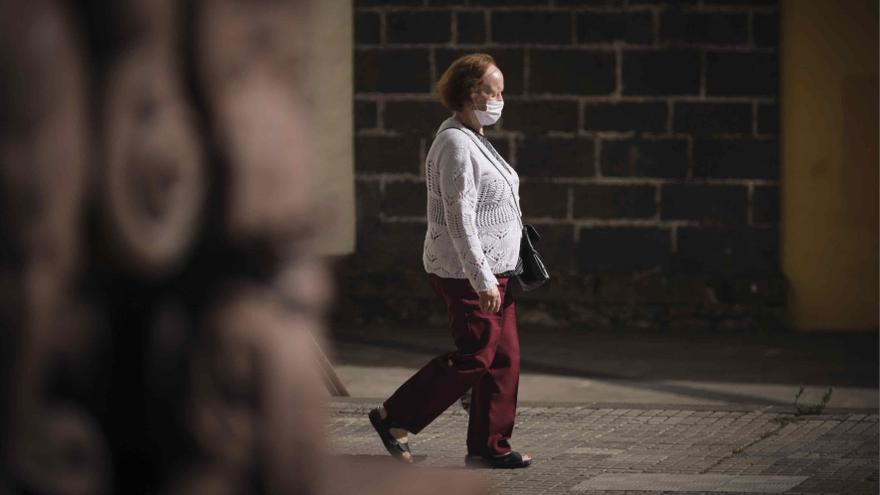 Canarias lamenta tres fallecidos y 78 nuevos casos Covid