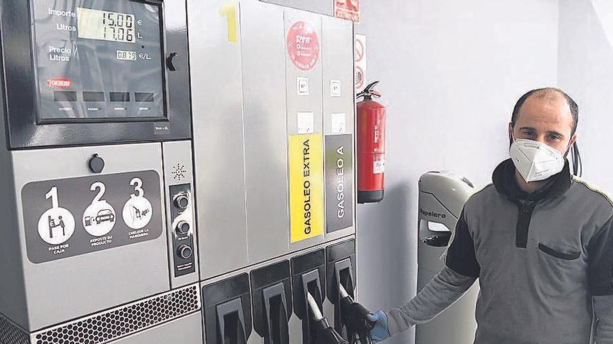 El diésel ya se vende a menos de 90 céntimos en doce gasolineras de A Coruña y su área