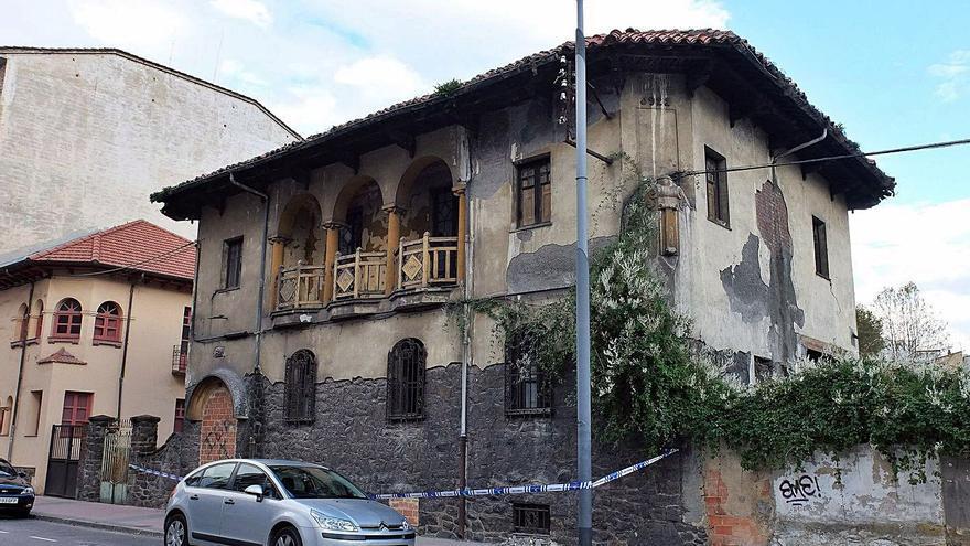 Mieres invertirá 345.000 euros en recuperar uno de los chalés de Anasagasti