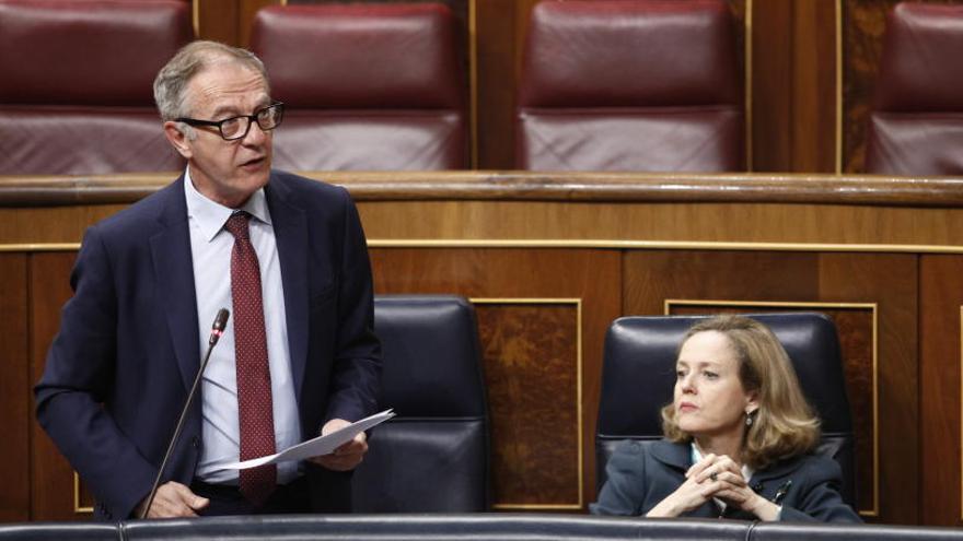 El exministro José Guirao renuncia a su escaño