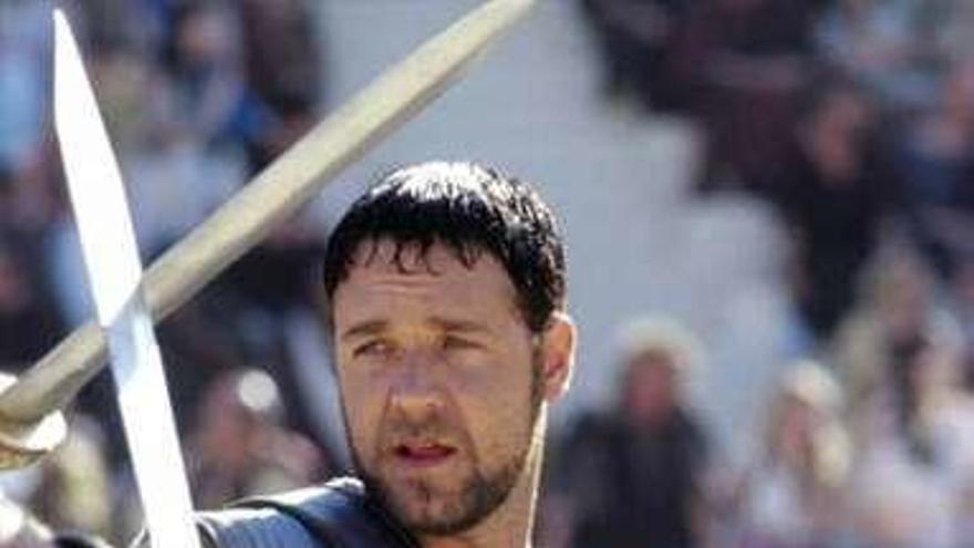"""La armadura de """"Gladiator"""" para pagar un divorcio"""