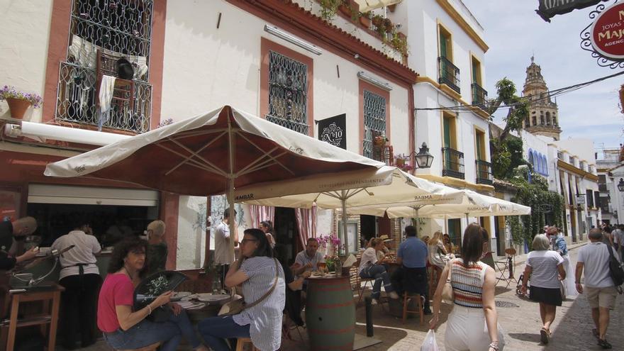 La hostelería y el comercio celebran el paso de Córdoba al nivel 1 de alerta sanitaria