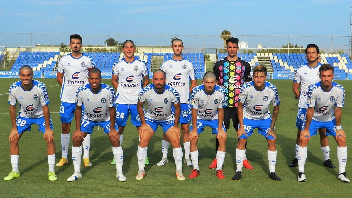 La alineación inicial que presentó el CD Tenerife este domingo.
