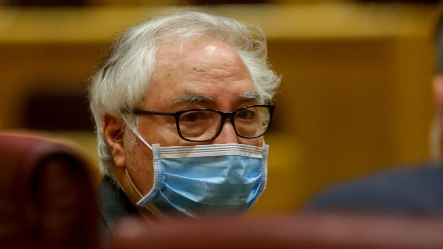 """Castells: """"Hay 2.083 médicos en paro, el 12% en Madrid"""""""